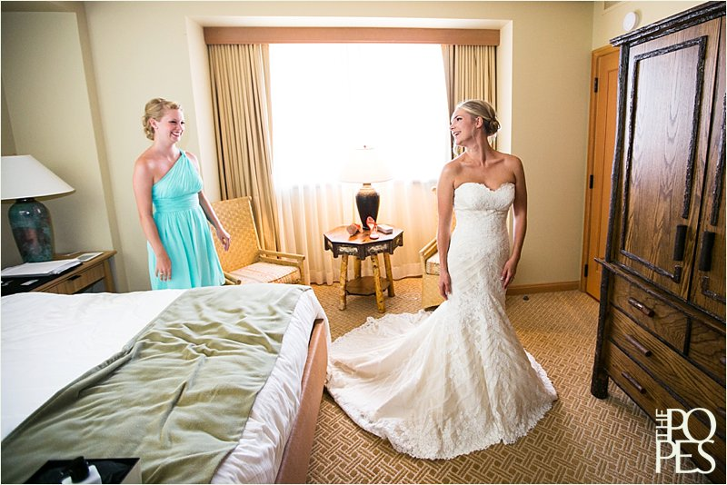 Suncadia_Resort_Wedding_Bride_getting_ready__0086