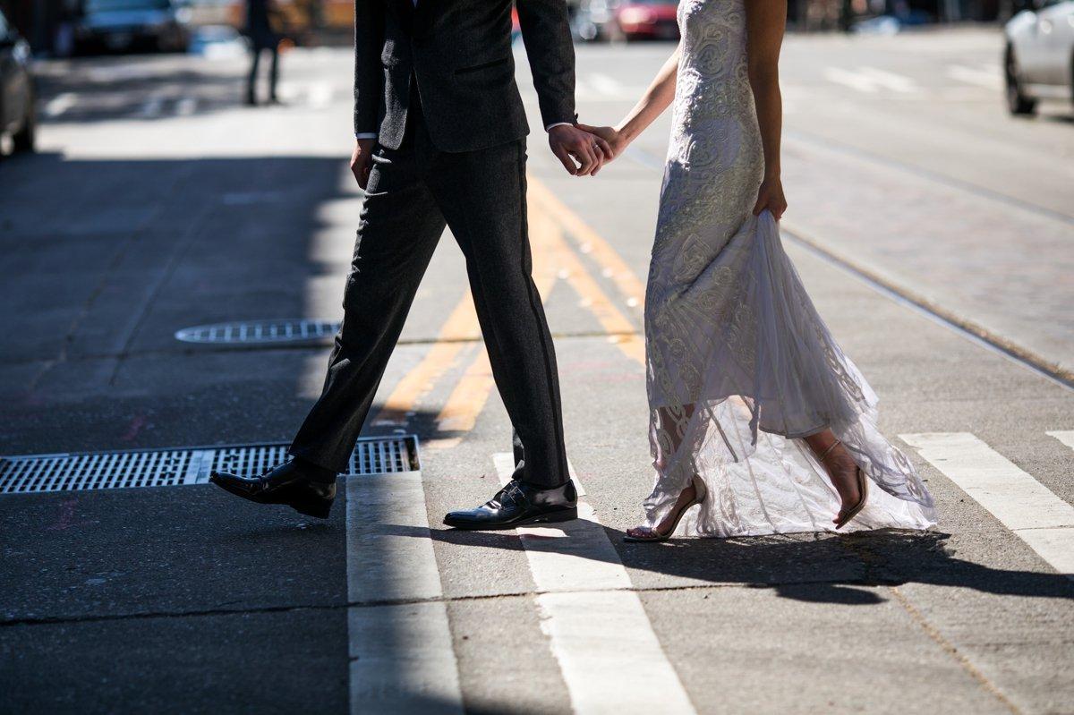 bride_groom_walking