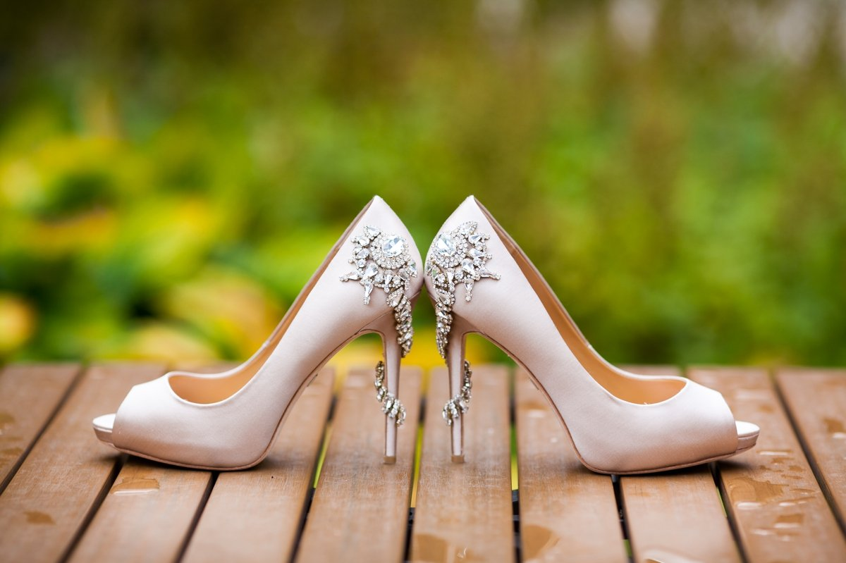 bride_shoes