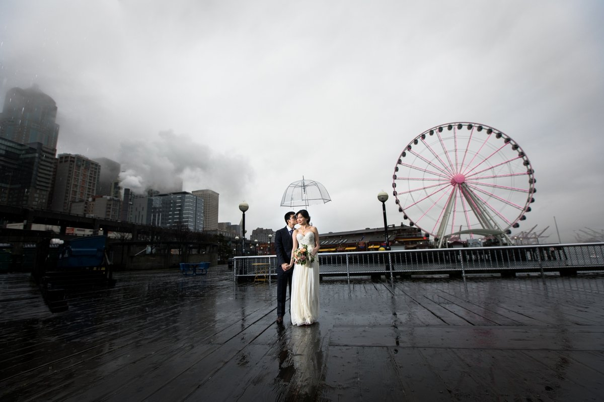 seattle_waterfront_bridal_portraits