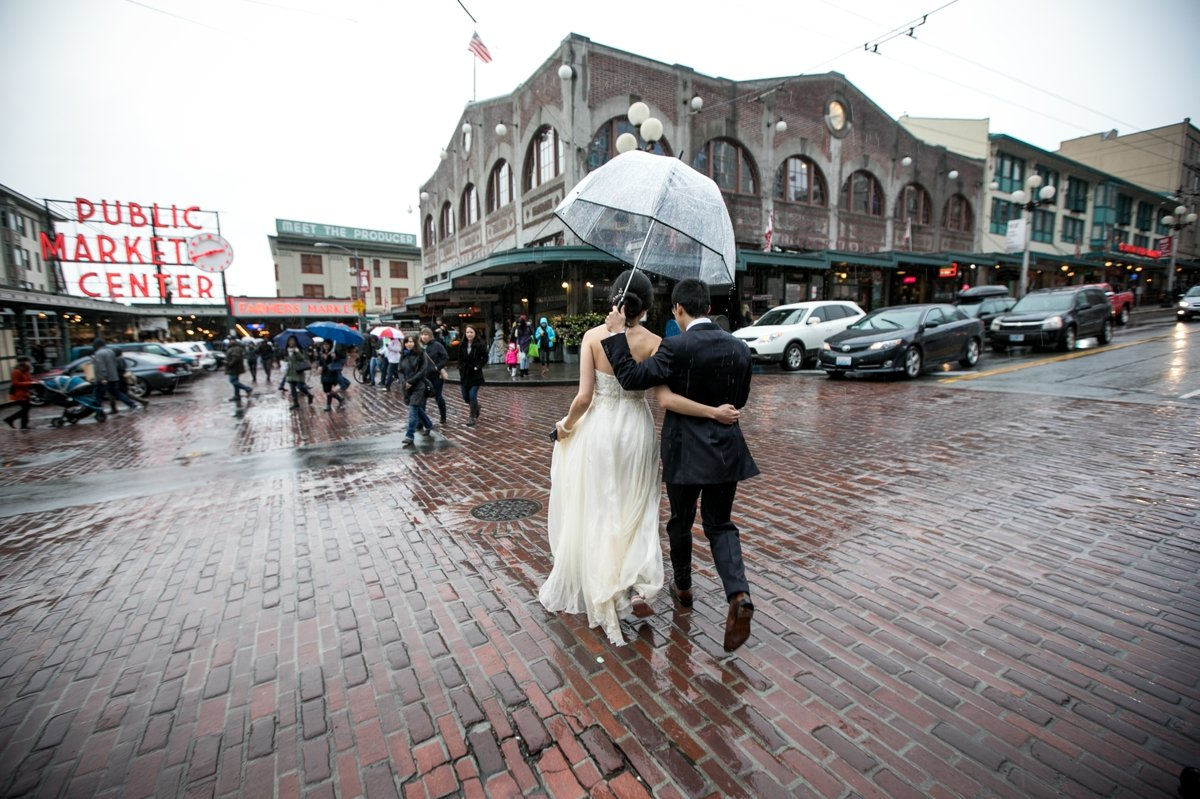 pike_place_market_bridal_portraits